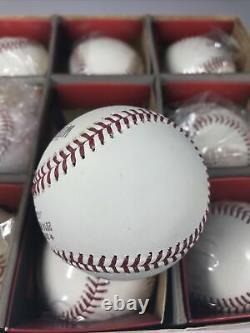 2014 Major League Baseball One Dozen Official World Series Baseballs Giants
