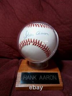 Hank Aaron Autographed Baseball. Rawlings OFFICIAL BALL NATIONAL LEAGUE