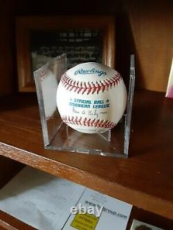 JOE DIMAGGIO Autographed Official Major League Baseball
