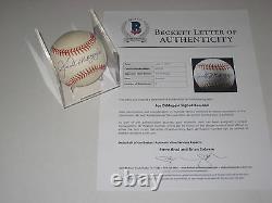 JOE DIMAGGIO (Yankees) Signed Official American League Baseball with Beckett LOA