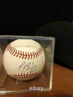 Javier baez autographed baseball. Chicago Cubs. 2014 Official Major League