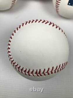 Lot of 10 Official Major League Baseballs