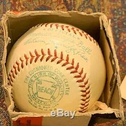 Vintage REACH NO. 0 OFFICIAL AMERICAN LEAGUE BASEBALL & Senators Baseball