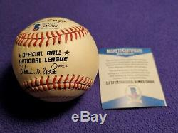 Willie Mays Autographed Official National League Baseball (beckett Coa)