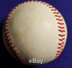 Willie Mays Autographed Official National League Feeney Baseball (beckett Coa)